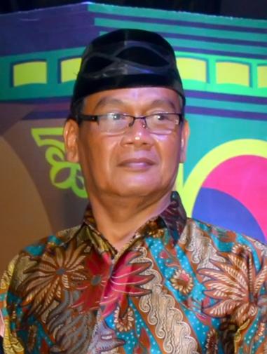 Drs. H. Akhmad Hidayat